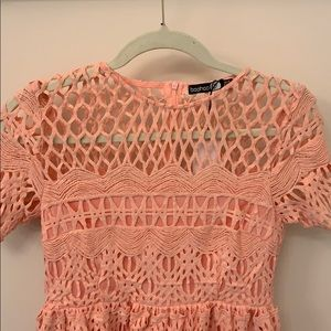 Boohoo Dresses - NWT Pink crochet cap sleeve dress